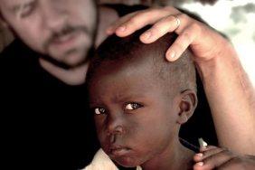 God Loves Uganda, 2013. Nota: 76/100